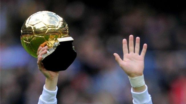 FIFA: Una terna disputará Balón de Oro