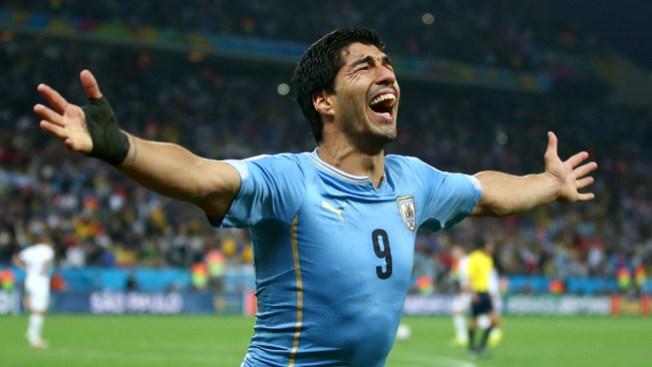 Uruguay derrota a Inglaterra 2-1