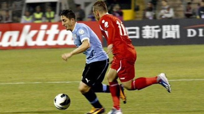 Uruguay ya tiene medio boleto a Brasil
