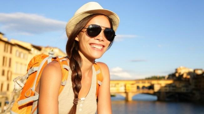 ¿Viajas sola? Tips para que sea placentero