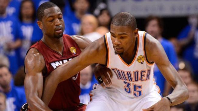 Guerra en twitter entre Wade y Durant