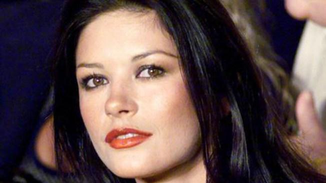 Dan el alta a Catherine Zeta-Jones