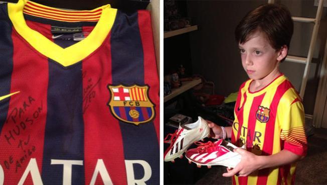 Messi trata mal a fan y se arrepiente