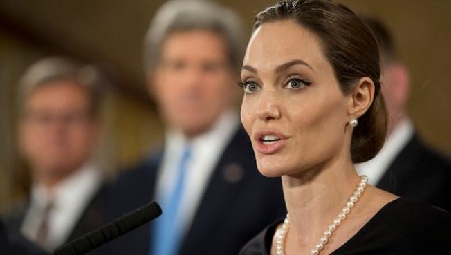 Angelina Jolie considera la política