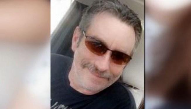 Acusan a esposa e hijastro de matar a líder del KKK