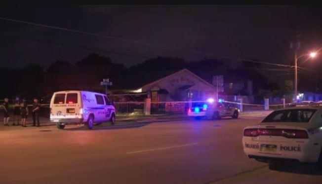 Hallan muerto a niño en camioneta de guardería — Florida