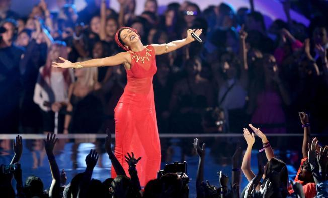 El balance de los Video Music Awards 2012