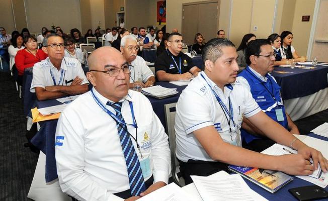 Falta de oportunidades laborales, primera causa de migración de hondureños