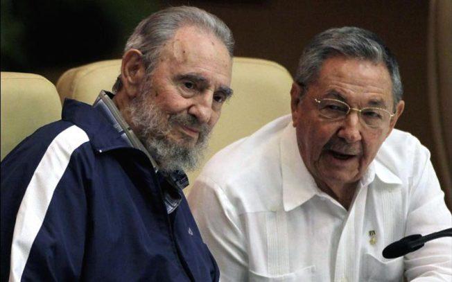 A la medida de Raúl Castro: 12 pasos después de Fidel