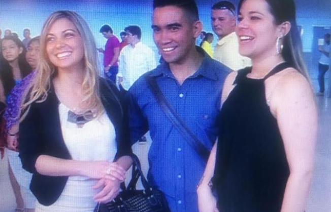 Dentistas cubanos desertores arriban a Miami