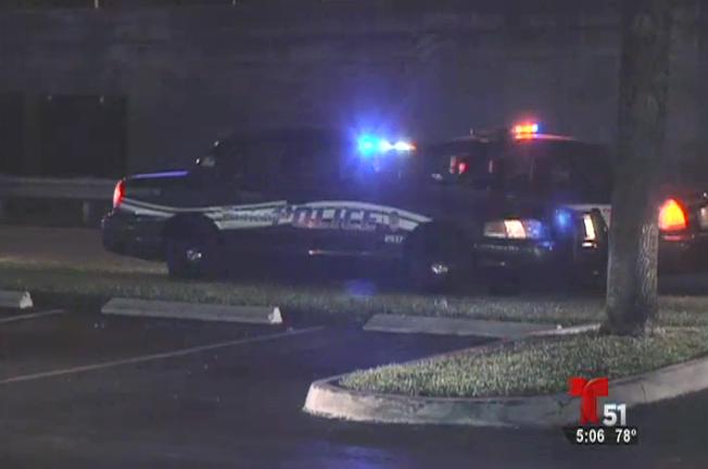 Hialeah: Hombre herido durante robo de auto