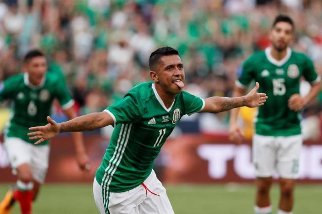 Copa de Oro: México vence sin Osorio 3-1 a El Salvador