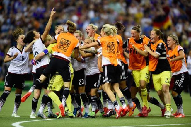 Alemania vence a Francia y pasa a semifinales