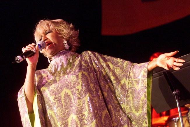 Celia Cruz pone el ¡azúcar! en tu ropa y accesorios