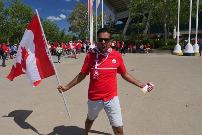Los fans de la ceremonia de apertura Canadá 2015
