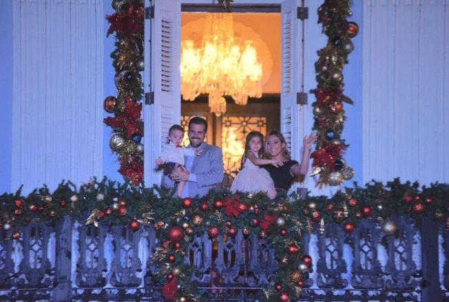 Celebran el Encendido de la Navidad en La Fortaleza