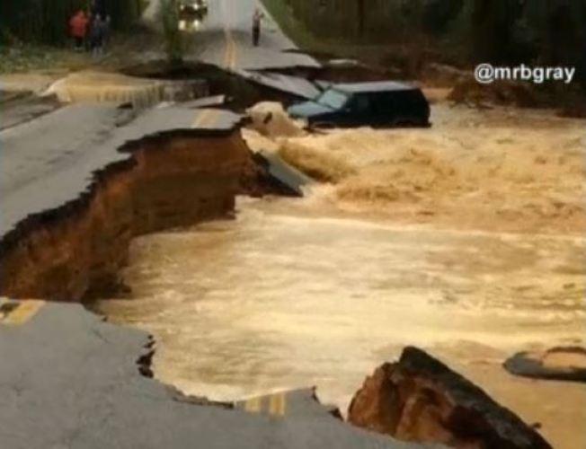 Carolina del Sur: dique colapsa y enciende alertas