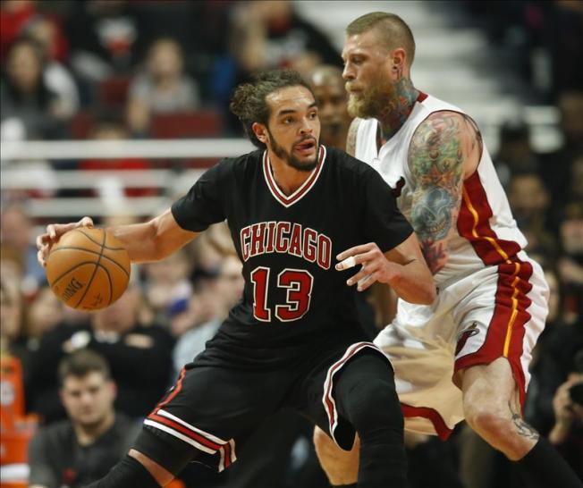 Los Heat superan con facilidad a los Bulls