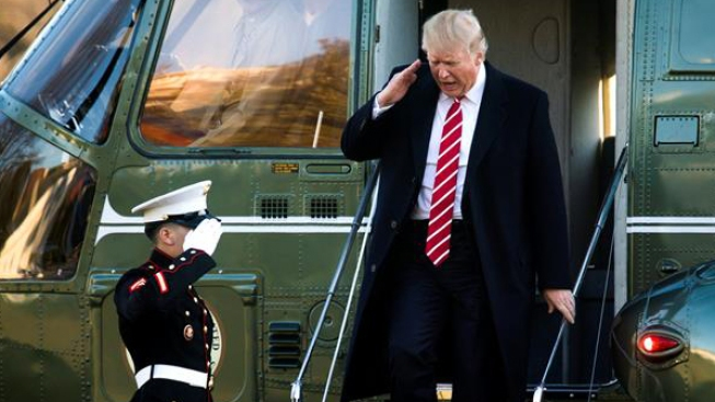 Trump visitó sus propiedades más de 100 veces desde enero