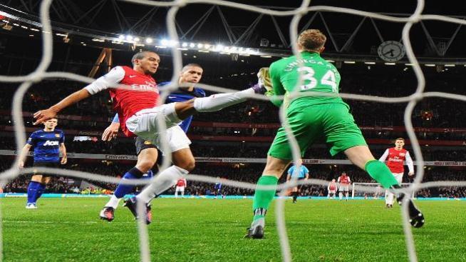 Manchester United derrotó al Arsenal 1-2