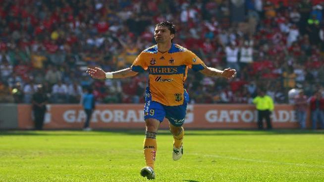 Tigres ganó al América en el Estadio Azteca