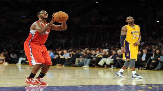 Lakers cortan mala racha al vencer a los Clippers 96 a 91