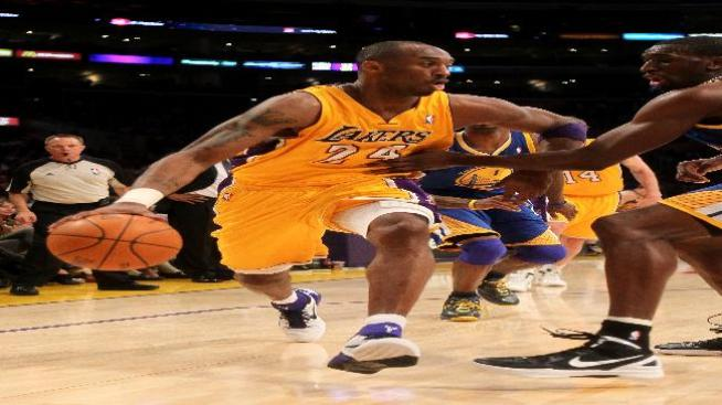 Lakers derrotaron a los Golden State Warriors 97-90
