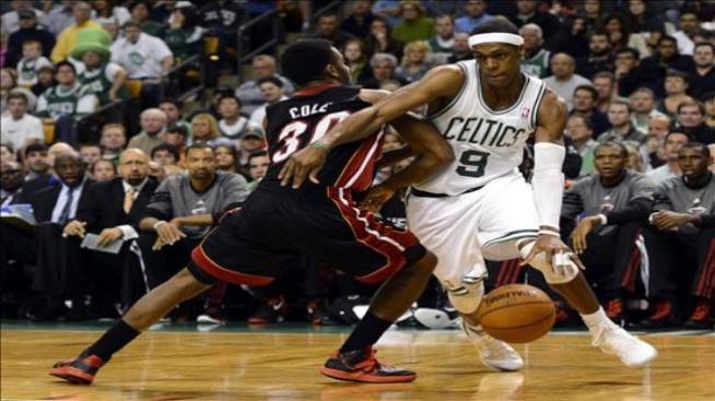 Rondo vuelve a ser el salvador de los Celtics