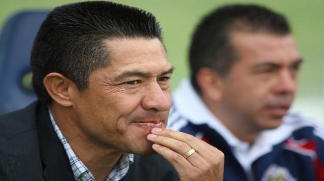 Chivas empató pero sigue último en el Clausura 2012