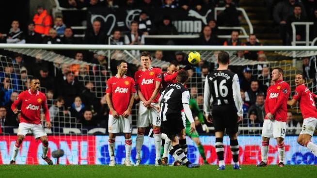 Man. United pierde ante Newcastle y arriesga búsqueda de título