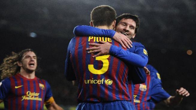 Con ayuda de los Reyes, Barcelona golea 4-0 al Osasuna
