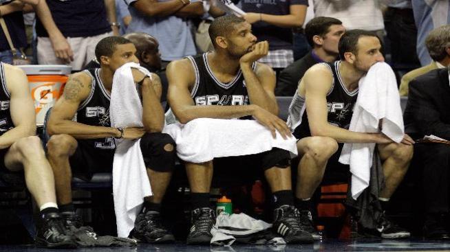 Manu regresa, pero perdieron sus Spurs