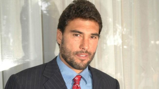 Eduardo Yáñez tomó colonia para embriagarse