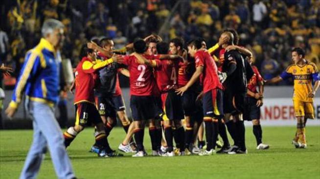 2-2. Unión Española empata con los Tigres y se clasifica al Grupo 3