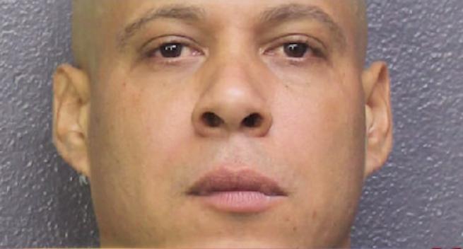 Arrestado por agredir a embarazada y matar a un perro