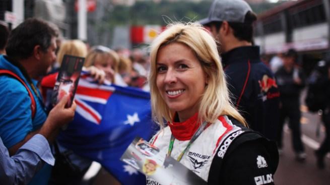 Mujer piloto de F1 pierde un ojo