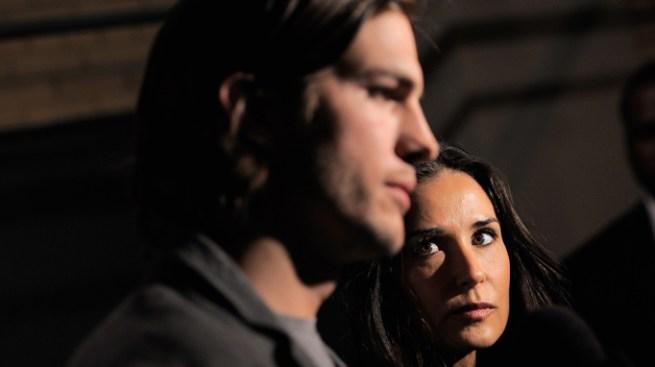 ¡Ashton Kutcher pide el divorcio!