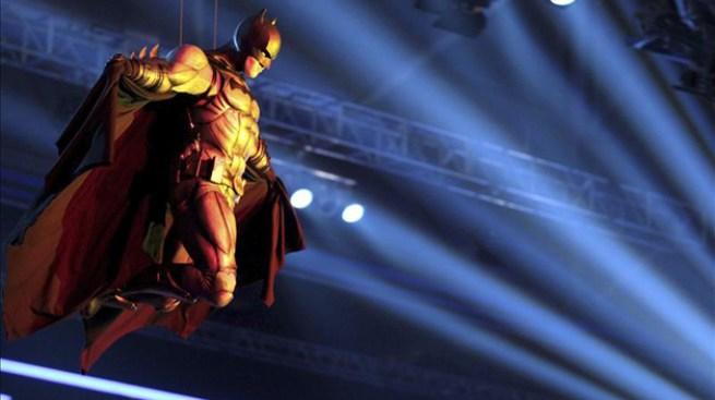 """En internet banda sonora de """"Batman"""""""