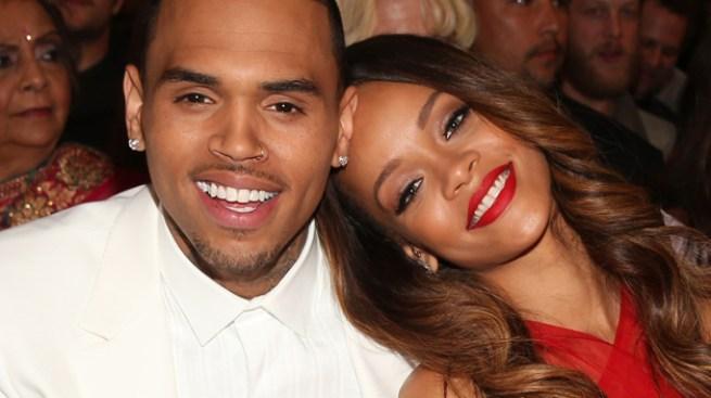 ¿Brown engaña a Rihanna con camarera?