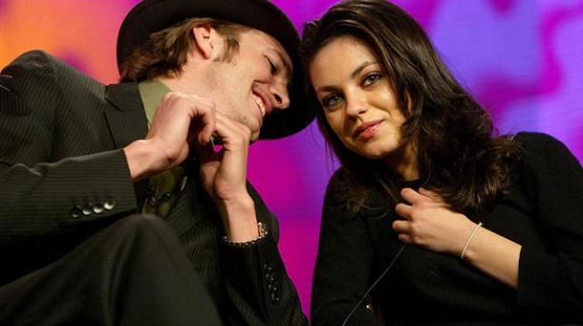 Ya no se esconden Ashton y Mila