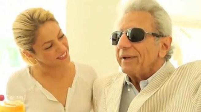 Shakira graba con su papá