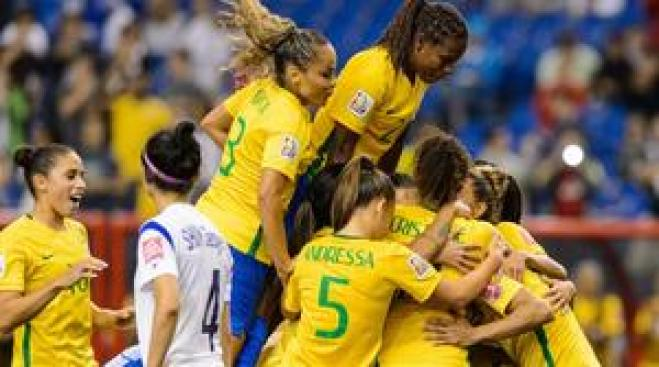 Brasil debuta con victoria