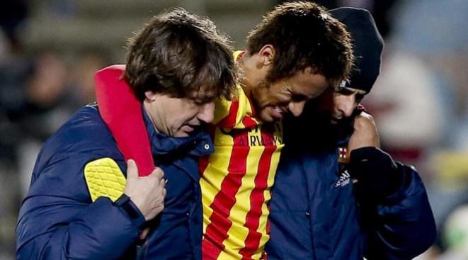 Neymar lesionado durante un mes