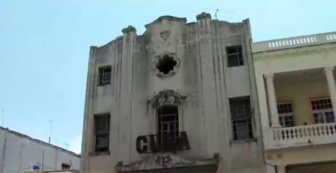 Cuba defiende el unipartidismo